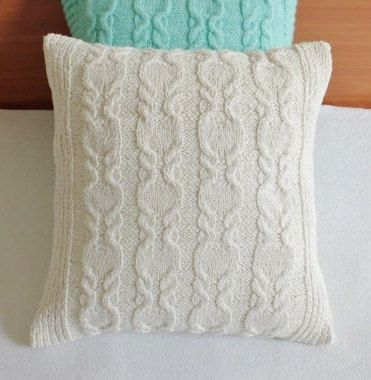 Hey, I found this really awesome Etsy listing at https://www.etsy.com/listing/173116182/off-white-cable-knit-cushion-cover