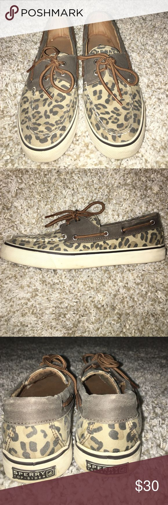 cheetah print sperry boat shoes These are cheetah printed sperry shoes size 8. They are lightly worn but for the most part in perfect condition! Sperry Top-Sider Shoes Flats & Loafers