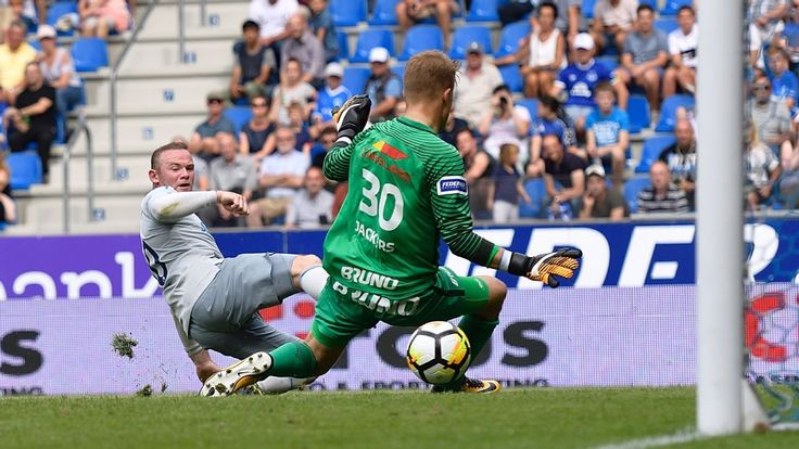 Wayne Rooney on target again as Everton play out draw with Genk