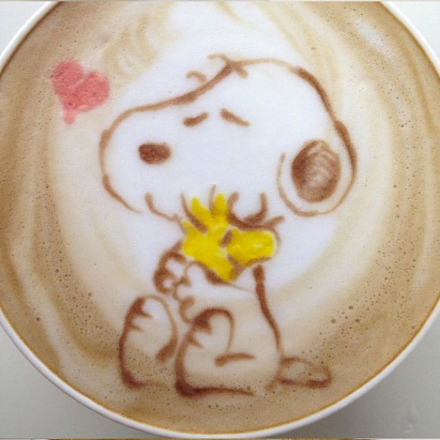 Coffe :) Snoopy and Woodstock.