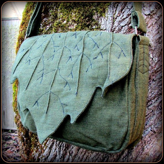 Leaf Bag Purse ~ Messenger School Book Bag ~ Green Cotton Canvas ~ Link Legend of Zelda LARP Renaissance Fair Festival Elf Garb