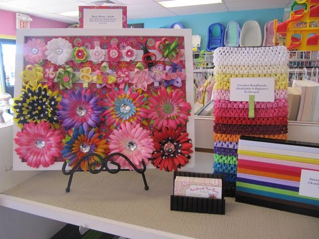 @AMANDA LUCAS make sure you make yourself a cute display for hairbows and bring us some cards!