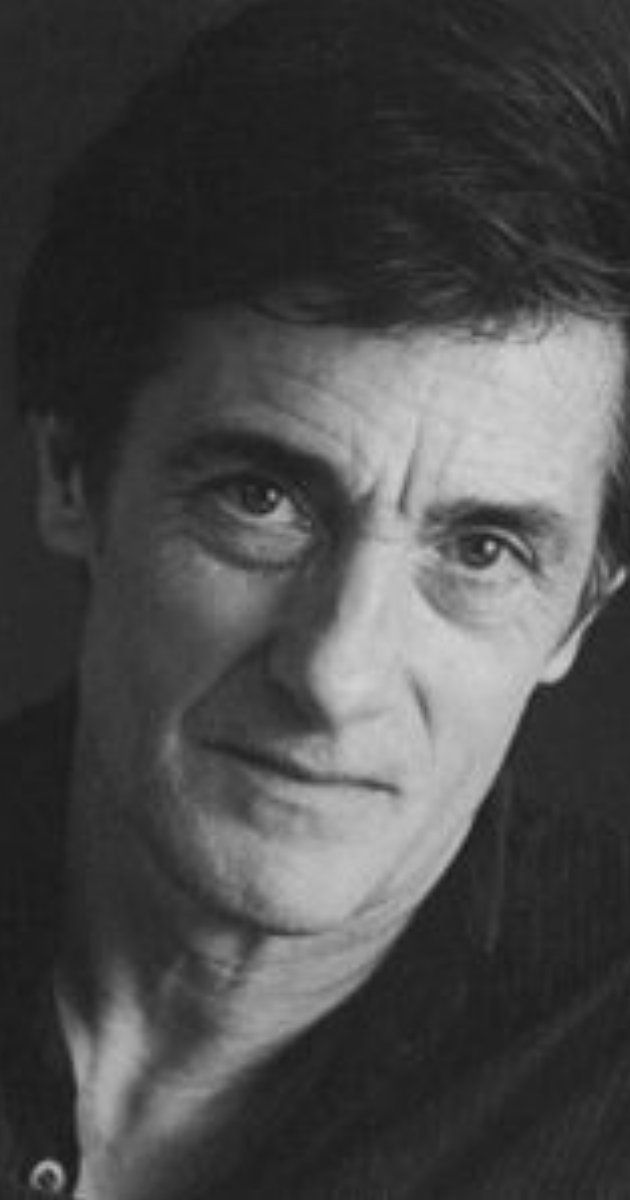 colcord gay personals Roger rees, actor: the prestige like a number of british actors of the same generation (john hurt and alan rickman, to name two), roger rees originally trained for the visual arts.