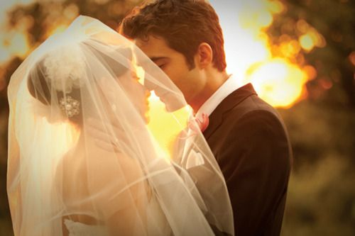 love this picture, want a cool picture with the veil!
