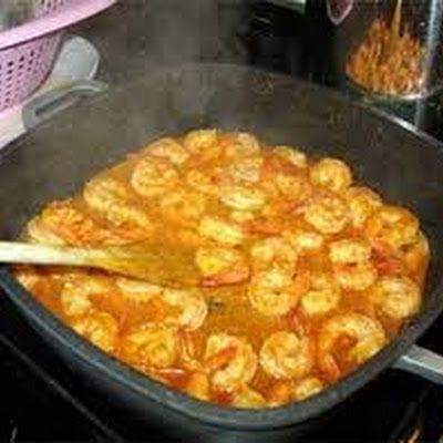Portuguese style Shrimp in Garlic @keyingredient #shrimp #bread