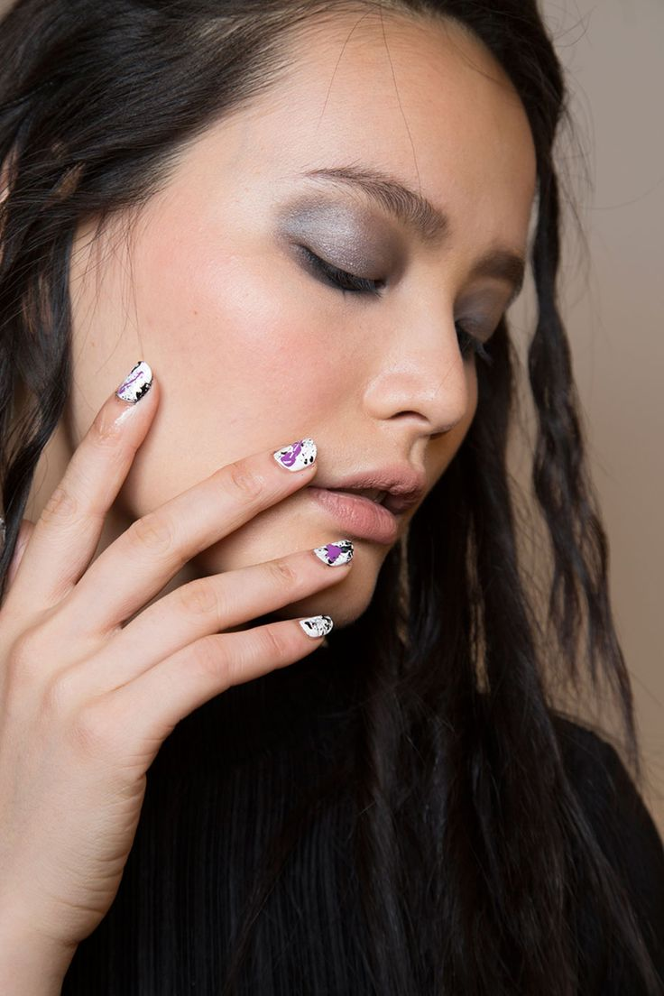 13 Cool Nail Polish Trends for Spring 2016 - Spring Nail Art Ideas From the Runway