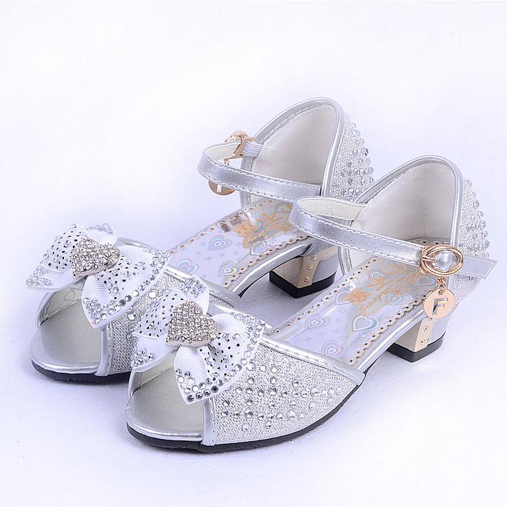 Девушки сандалии 2015 летние мода открытым носком обуви девушки большие девочки сандалии в форме сердца горный хрусталь ребенка сандалии детская обувь
