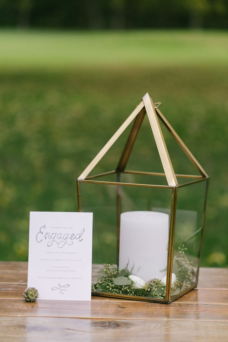 We've partnered with wedding photographer Laura Coey, founder of Hello Love Photography, to show you how to plan the perfect backyard engagement party.