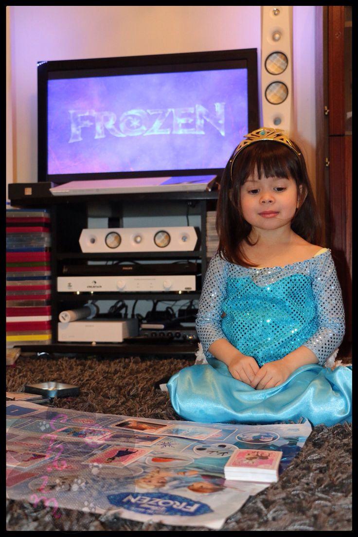 DIY Frozen Elsa dress