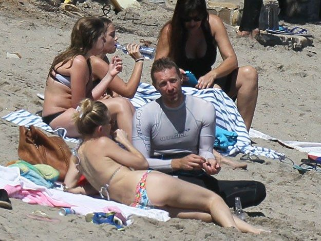 Kate Hudson and Chris Martin have a day out at the beach : Woman's Day
