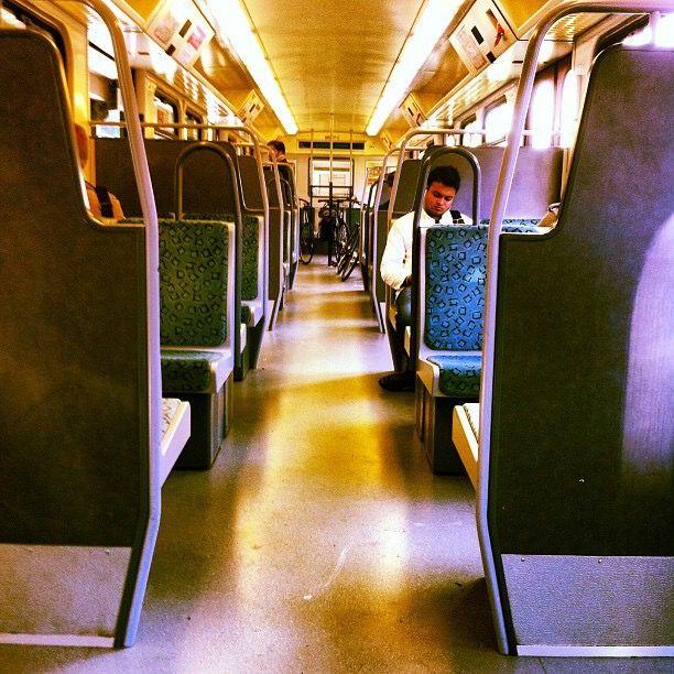 Morgens halb acht in der S-Bahn
