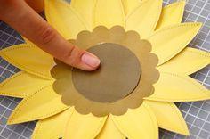 DIY Tutorial: Beautiful Paper Sunflowers