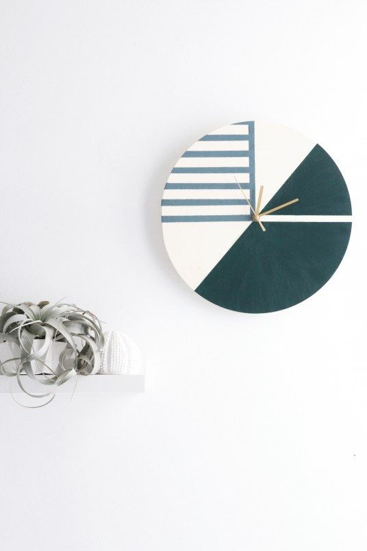 DIY Clock // Hëllø Blogzine blog deco & lifestyle www.hello-hello.fr