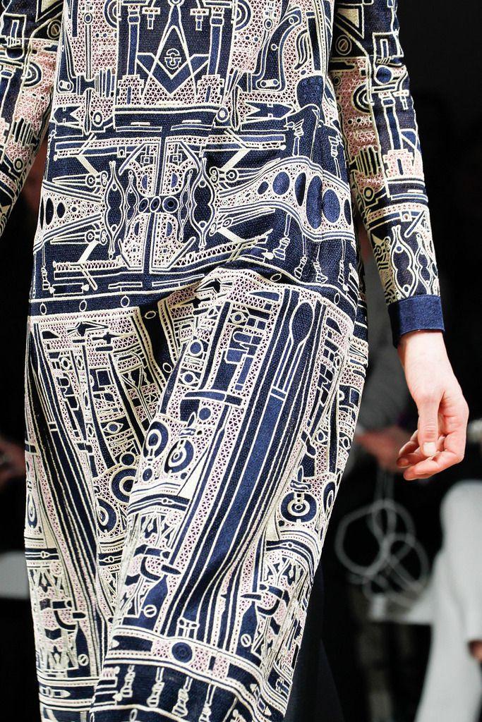 Blue pattern   Mary Katrantzou   Fall 2014 Ready-to-Wear Collection   Style.com