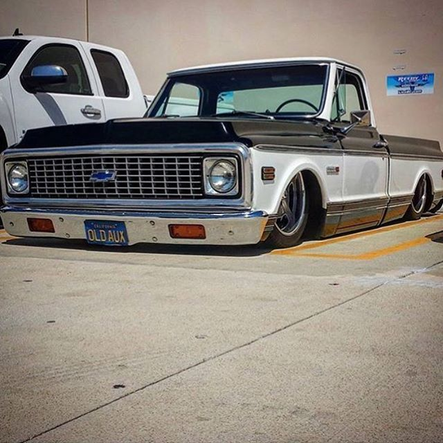 395 best bagged trucks images on pinterest hot wheels chevrolet gassns great shot of this slammed c10 from lunchmoneygarage belonging to oldaux sciox Image collections