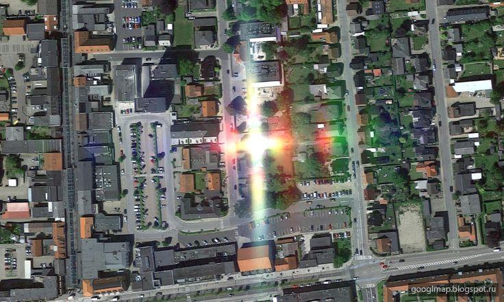 Интересные места на картах Google: Икаст, Дания: Христос воскрес! #googlemaps #ufo