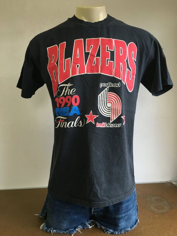 Awesome RARE 1990 World Championship Finals Detroit Pistons Portland Trailblazers NBA T Shirt