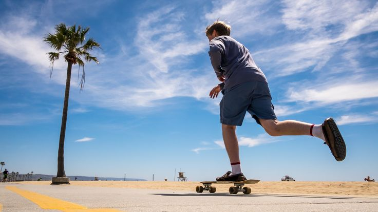 Skater in Venice Beach - Log Angeles, United States - Color street photography | von Giuseppe Milo (www.pixael.com)