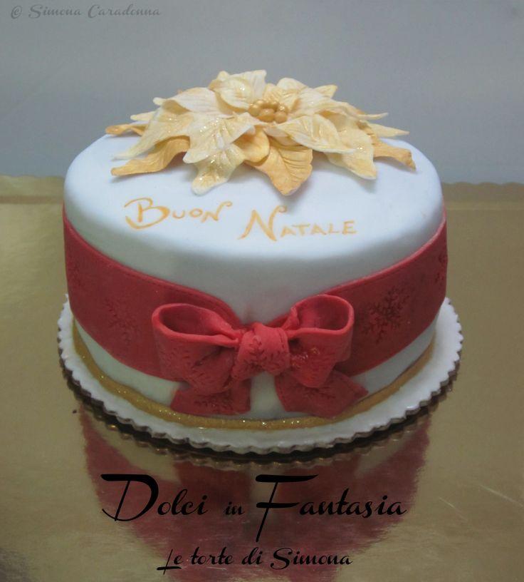 christmas flower cake  #christmas #cake #natale  www.facebook.com/dolciinfantasia