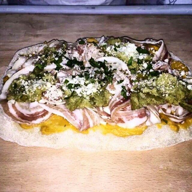 Pinsotta Special pancetta e crema di asparagi