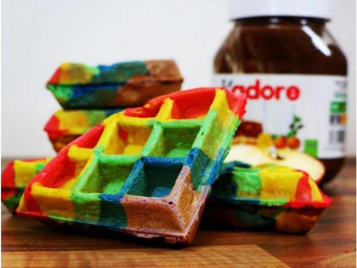 a wonderful french tutorial to make rainbow waffles .  # Morgan cake paradise