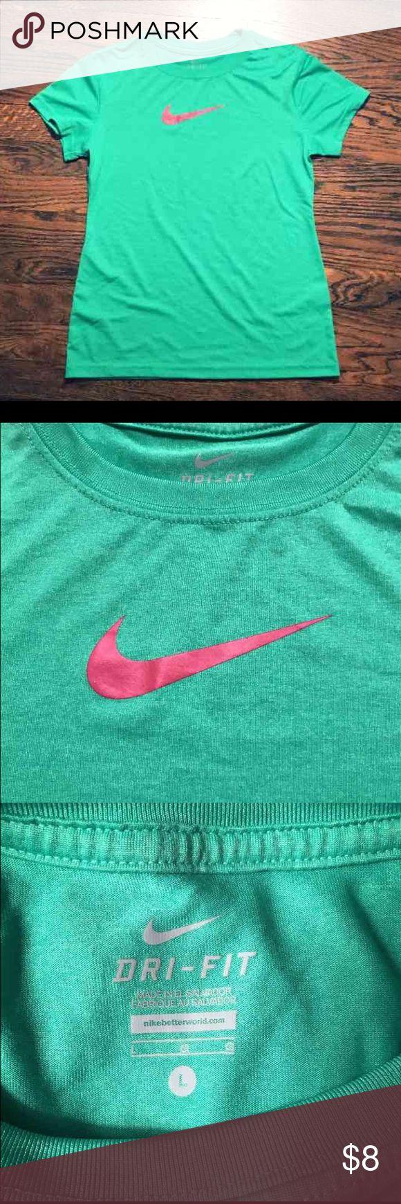 SOLD Green Tshirt w/Hot Pink Nike Swoosh Logo Pink