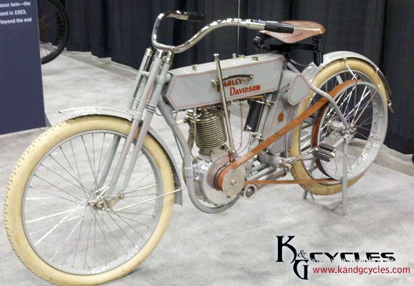 Early Harley Davidson Motorcycle at the 2012 Dealer Expo in Indianapolis.  Visit us at http://www.vtwinmotorcycleblog.com and http://www.kandgcycles.com/