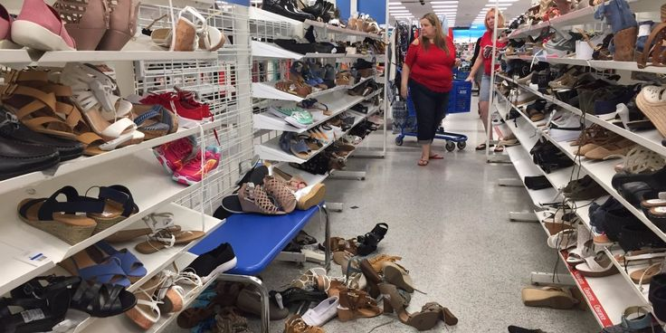 One of the ugliest stores in retail is crushing its competition http://www.businessinsider.com/how-ross-stores-is-winning-retail-2017-8?utm_campaign=crowdfire&utm_content=crowdfire&utm_medium=social&utm_source=pinterest