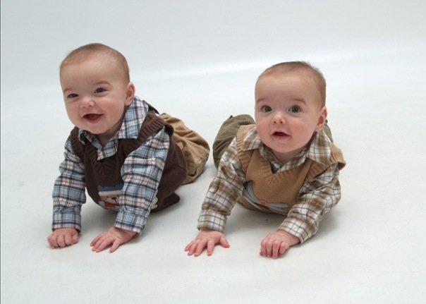 months old #twins | Twins | Pinterest: pinterest.com/pin/222928250274648702