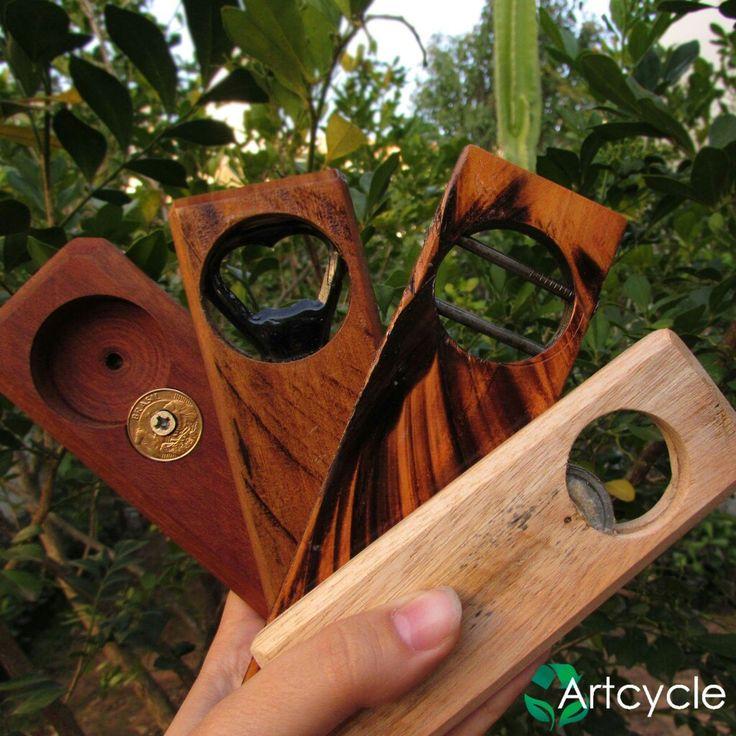 Lindos abridores de garrafas executados de forma artesanal com madeira recuperada e acabamento  fino! E o melhor,não amassa a tampinha!Garanta já o seu!