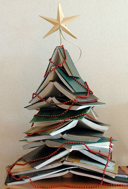 dorm room christmas tree ~ Google Image Result for http://www.toxel.com/wp-content/uploads/2010/12/chrismas08.jpg