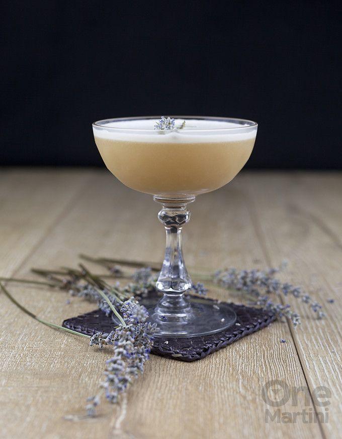 Lady Jane : an earl grey gin cocktail : onemartini.com