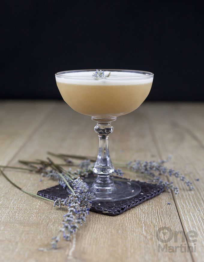 Earl Grey Gin Cocktail Recipe : One Martini