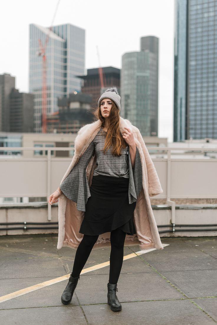 OUTFIT: Glencheck-Karo und Fellmantel #glencheck #felljacke #modeblog #outfit #ootd #modeblogger #fashionblogger