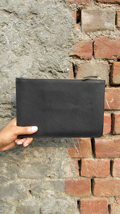 Slate Lizzie, Chiaroscuro, India, Pure Leather, Handbag, Bag, Workshop Made, Leather, Bags, Handmade, Artisanal, Leather Work, Leather Workshop, Fashion, Women's Fashion, Women's Accessories, Accessories, Handcrafted, Made In India, Chiaroscuro Bags - 5