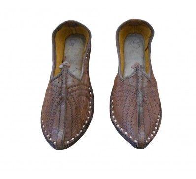 #Beautiful #Indian #Traditional #Handmade #Leather #Men #Mojari http://kalracreations.com/handicraft/rajasthani-mojaris/men/traditional-handmade-leather-men-mojari-692.html