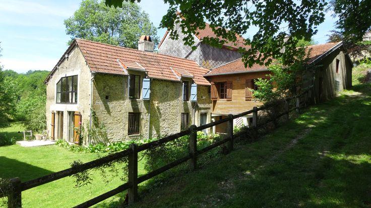 De Watermolen van Tourteron is de eerste Supergîte in Frankrijk. De rustieke molen uit 1813 ligt tegen het heuveldorp Tourteron aan op de grens van de Franse Ardennen en de Champagne-streek.
