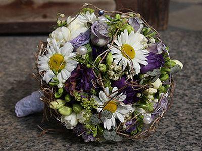 Hochzeitsdeko: Brautstrauß mit Margeriten - Wohnen & Garten