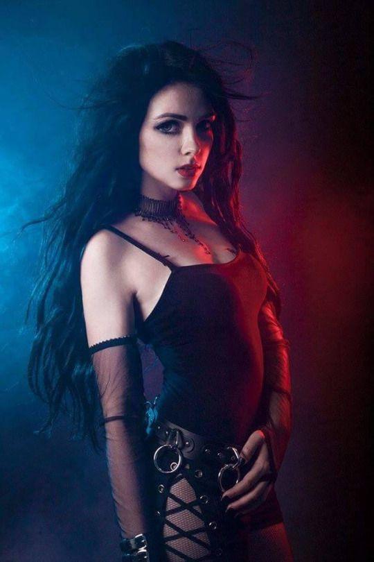 Mamiko | Mamiko | Gothic, Goth beauty i Gothic people