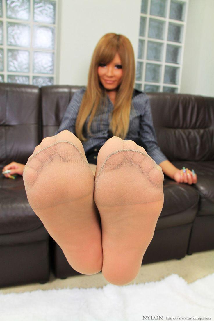 Free nude big butt thong