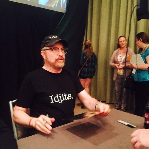 Jim Beaver signing autographs in his Idjits t-shirt! #DallasCon2014 ...I will always miss Bobby. Always.