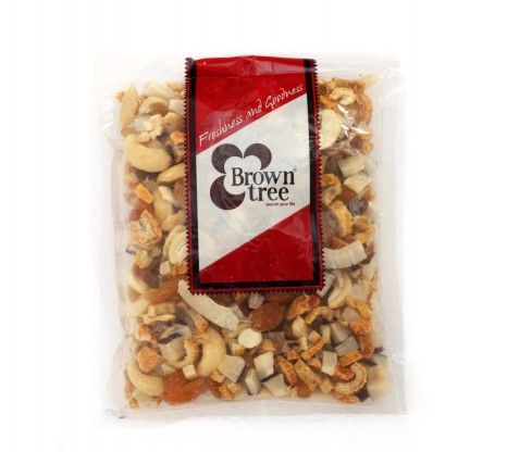 A lip smacking mix of red dates, dry coconut, diamond sugar, Indian raisins & split cashew nuts.