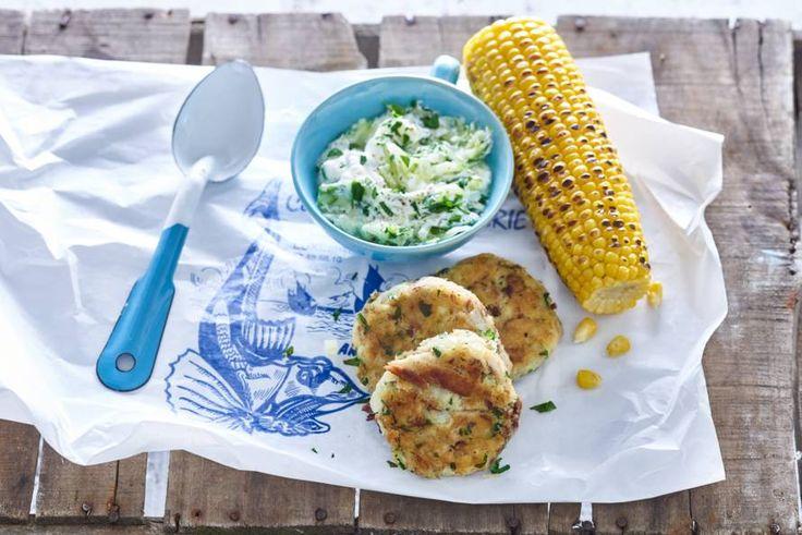 Hollandse makreelkoekjes met maiskolven  - Recept - Allerhande