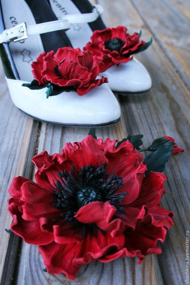 """Купить Цветы из кожи. Брошь из кожи """"Te Amo"""" - ярко-красный, цветы из кожи"""