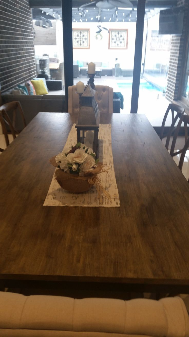 wanted to give this dark chocolate brown dining table, a rustic farmhouse finish