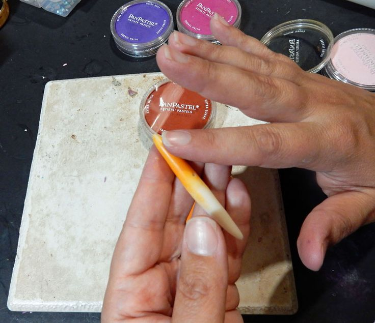 using pan pastels on #Polymer #Clay #Tutorials