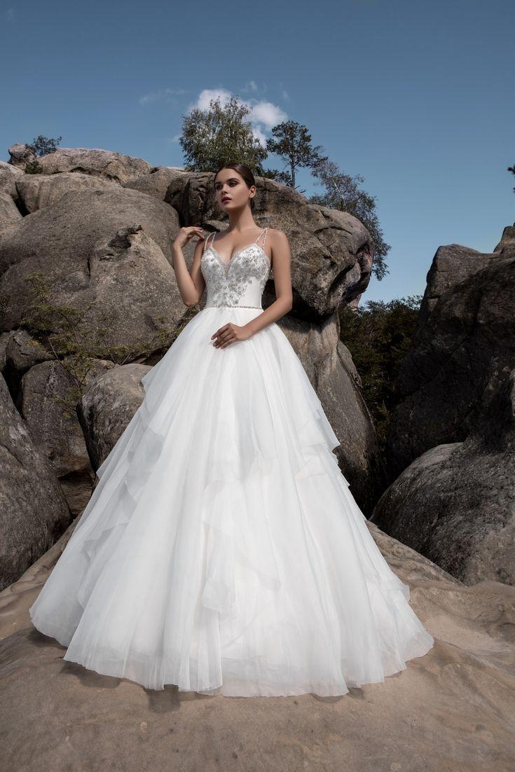 Legendary Wedding Boutique: Enchanted Collection 2017 004a