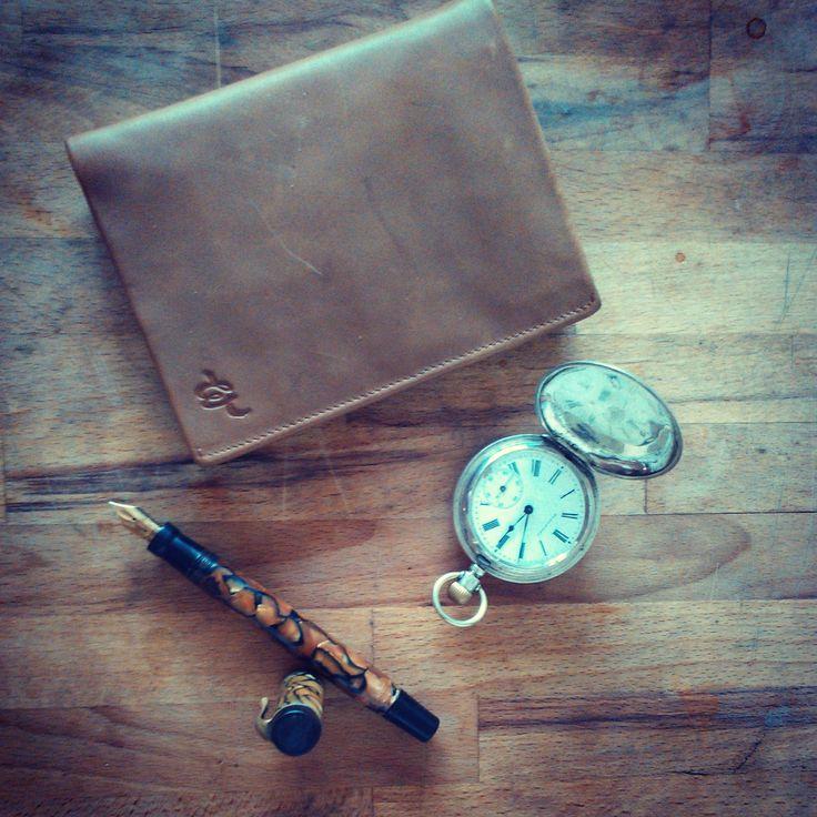 Stay classy #vintage #wallet #wearables #gadgets #geek #pocket #watch #pen