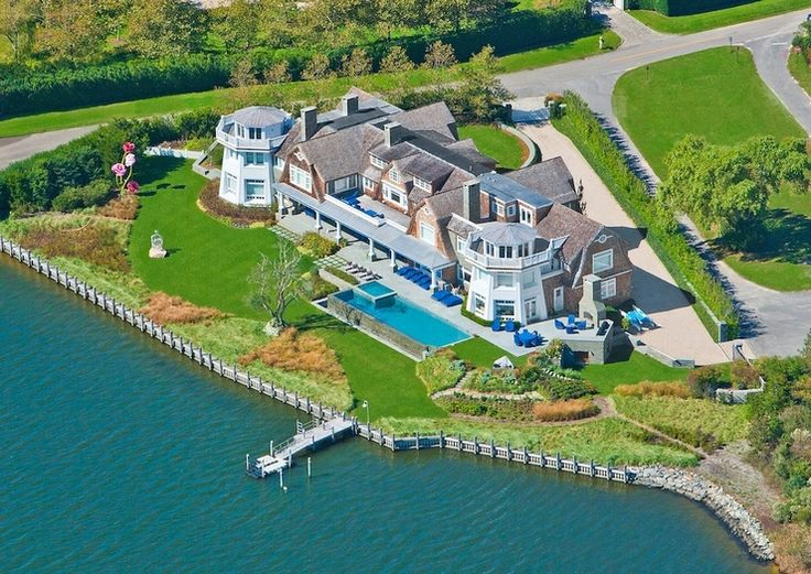 Hamptons celebrity homes map palm