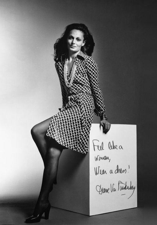 Envelope fechado #kissandtell #crónica #diárioeconómico #omeutrabalho #ilovemyjob #myjob #moda #política #eleições #semanasdamoda #DianeVonFurstenberg #vestidoenvelope